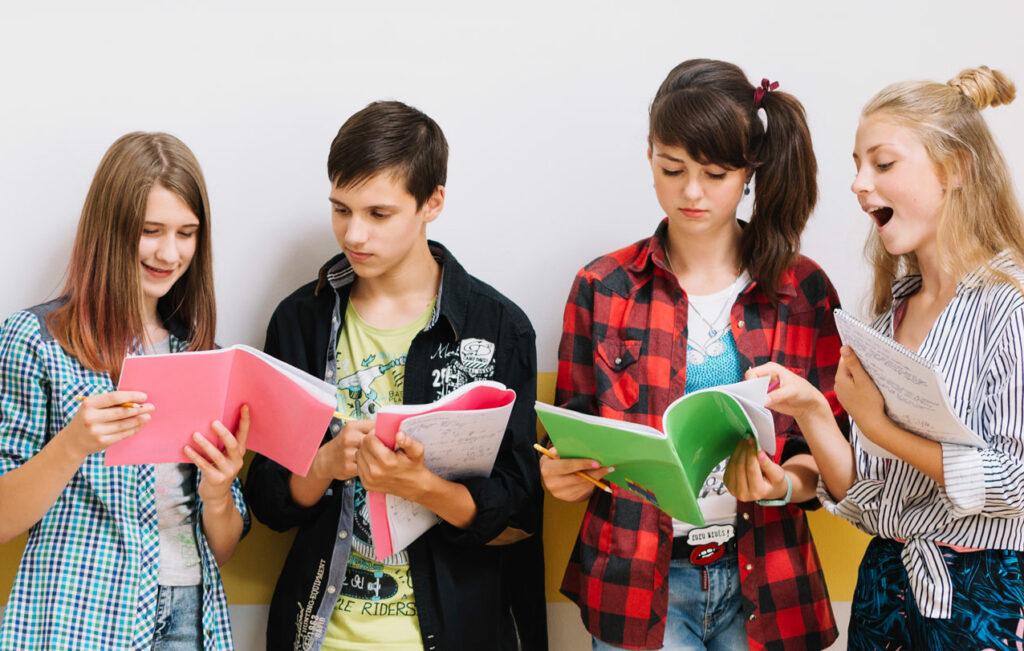 alunni-scuola-libri