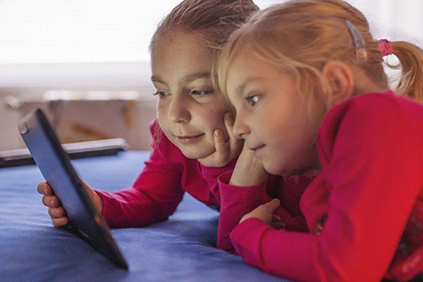 bambine-tablet-leggere